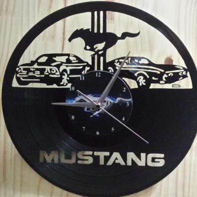 Mustang duo